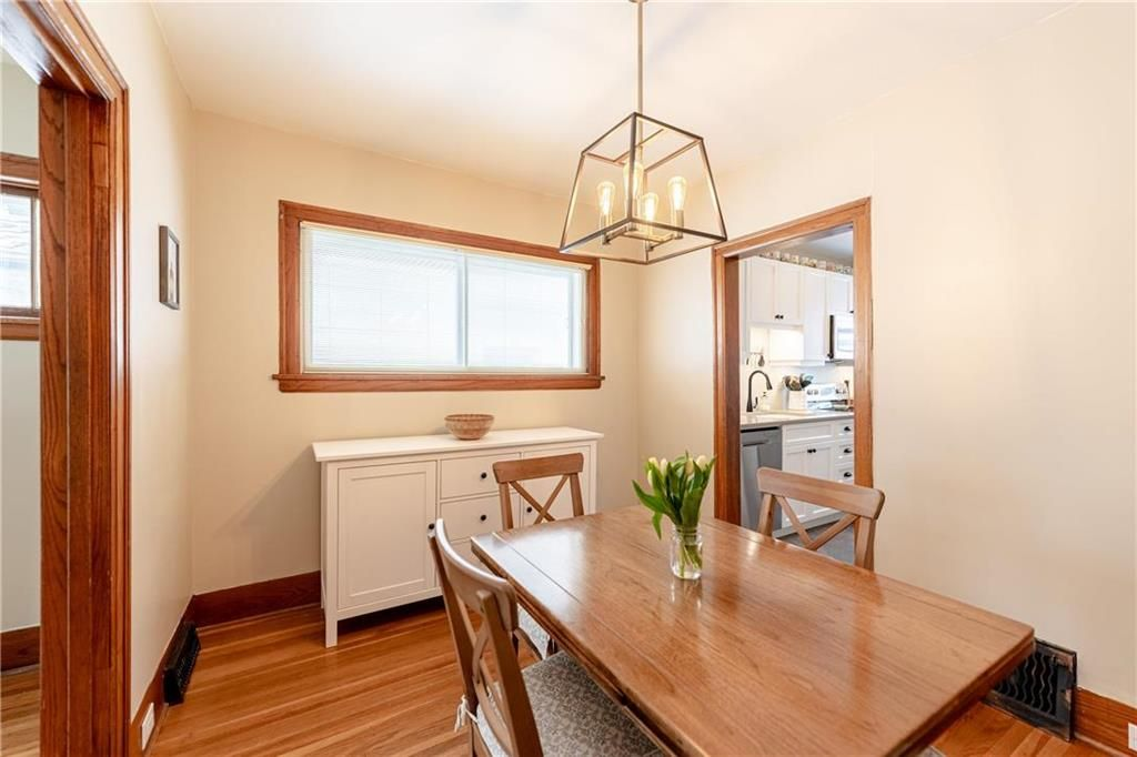 Photo 10: Photos: 292 Beaverbrook Street in Winnipeg: River Heights North Residential for sale (1C)  : MLS®# 202109631