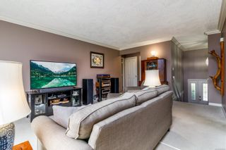 Photo 2: 41 118 Aldersmith Pl in : VR Glentana Row/Townhouse for sale (View Royal)  : MLS®# 878660