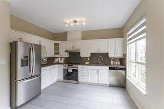"""Photo 5: 439 3098 GUILDFORD Way in Coquitlam: North Coquitlam Condo for sale in """"Marlborough House"""" : MLS®# R2611527"""