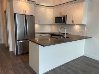 """Photo 4: 415 2436 KELLY Avenue in Port Coquitlam: Central Pt Coquitlam Condo for sale in """"LUMIERE"""" : MLS®# R2575703"""