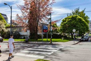 Photo 18: 206 2071 W 42ND Avenue in Vancouver: Kerrisdale Townhouse for sale (Vancouver West)  : MLS®# R2164851