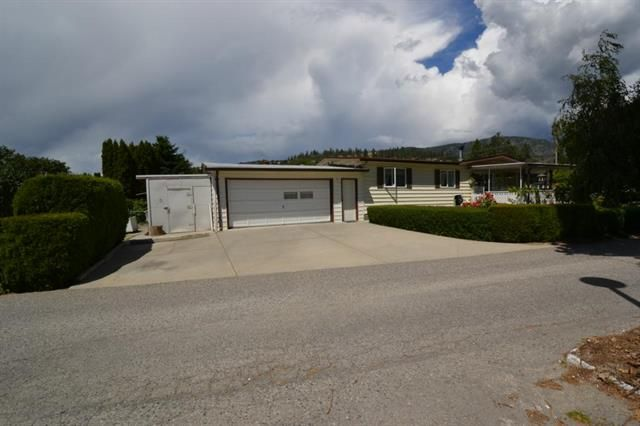 Main Photo: 27 2001 97 S Highway in West Kelowna: Lakeview Heights House for sale : MLS®# 10066865