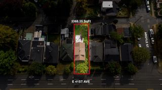 Photo 1: 1722 E 41ST Avenue in Vancouver: Killarney VE House for sale (Vancouver East)  : MLS®# R2623937
