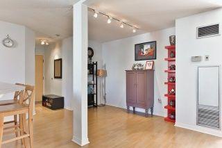 Photo 9: 95 Lombard St Unit #805 in Toronto: Church-Yonge Corridor Condo for sale (Toronto C08)  : MLS®# C3958963
