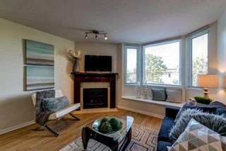 Photo 1: 126 Lakewood Drive in Vancouver: Townhouse for sale : MLS®# R2403079