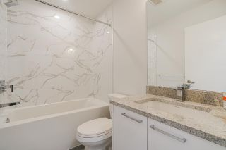 """Photo 14: 418 20696 EASTLEIGH Crescent in Langley: Langley City Condo for sale in """"The Georgia"""" : MLS®# R2574305"""