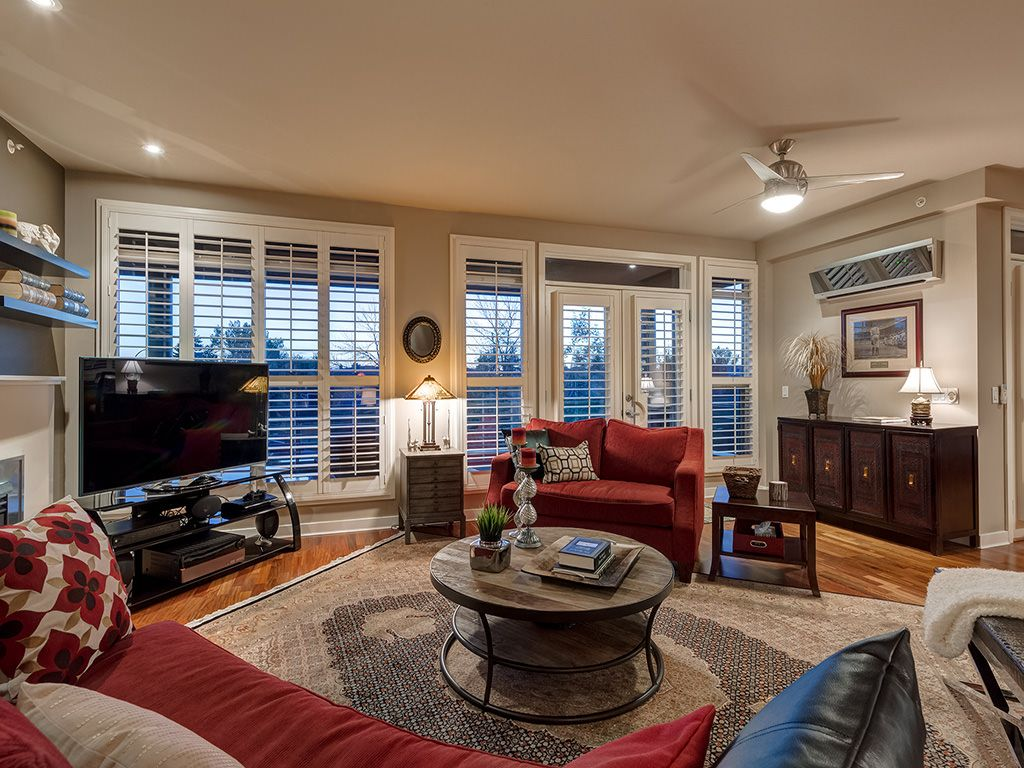 Photo 10: Photos: 306 4108 Stanley Road SW in Calgary: Parkhill_Stanley Prk Condo for sale : MLS®# c4012466