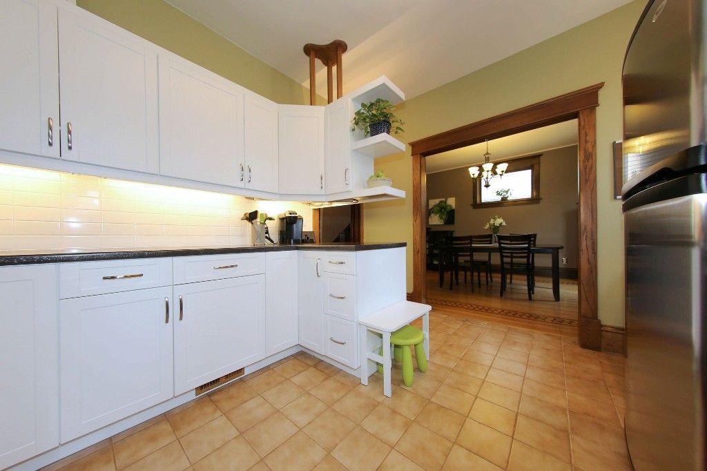 Photo 7: Photos: 205 Lenore Street in Winnipeg: Wolseley Single Family Detached for sale (5B)  : MLS®# 1710671