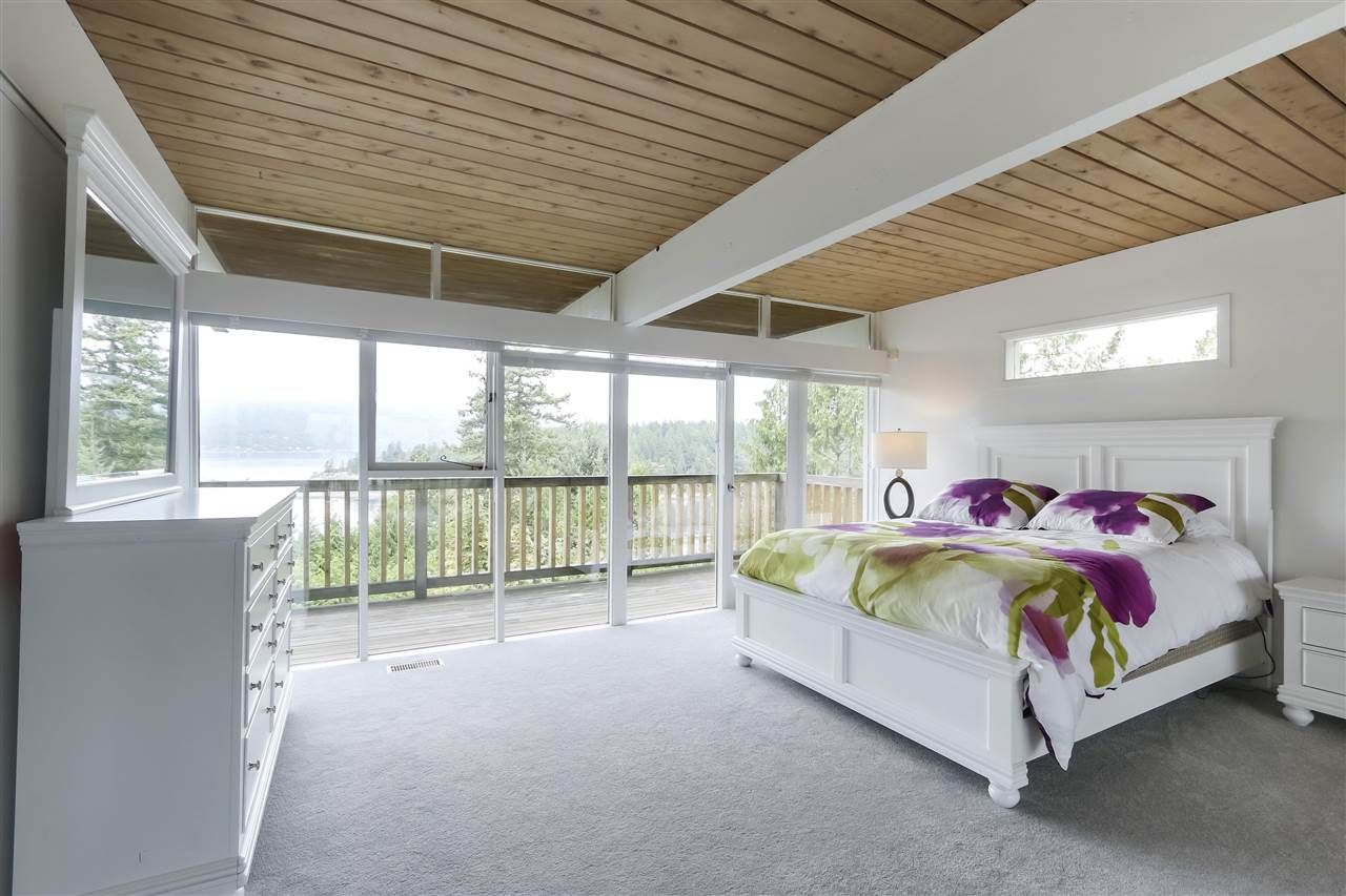 Photo 8: Photos: 6253 ST. GEORGES Crescent in West Vancouver: Gleneagles House for sale : MLS®# R2526812