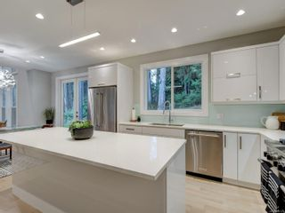 Photo 9: 1153 Nature Park Pl in : Hi Bear Mountain House for sale (Highlands)  : MLS®# 888121