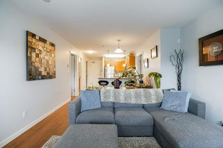 "Photo 13: PH2 2373 ATKINS Avenue in Port Coquitlam: Central Pt Coquitlam Condo for sale in ""Carmandy"" : MLS®# R2545305"