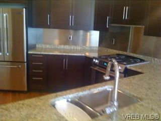 Photo 3: N807 737 Humboldt St in VICTORIA: Vi Downtown Condo for sale (Victoria)  : MLS®# 491783