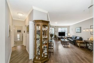 Photo 11: 217 3098 GUILDFORD WAY in Coquitlam: North Coquitlam Condo for sale : MLS®# R2228397