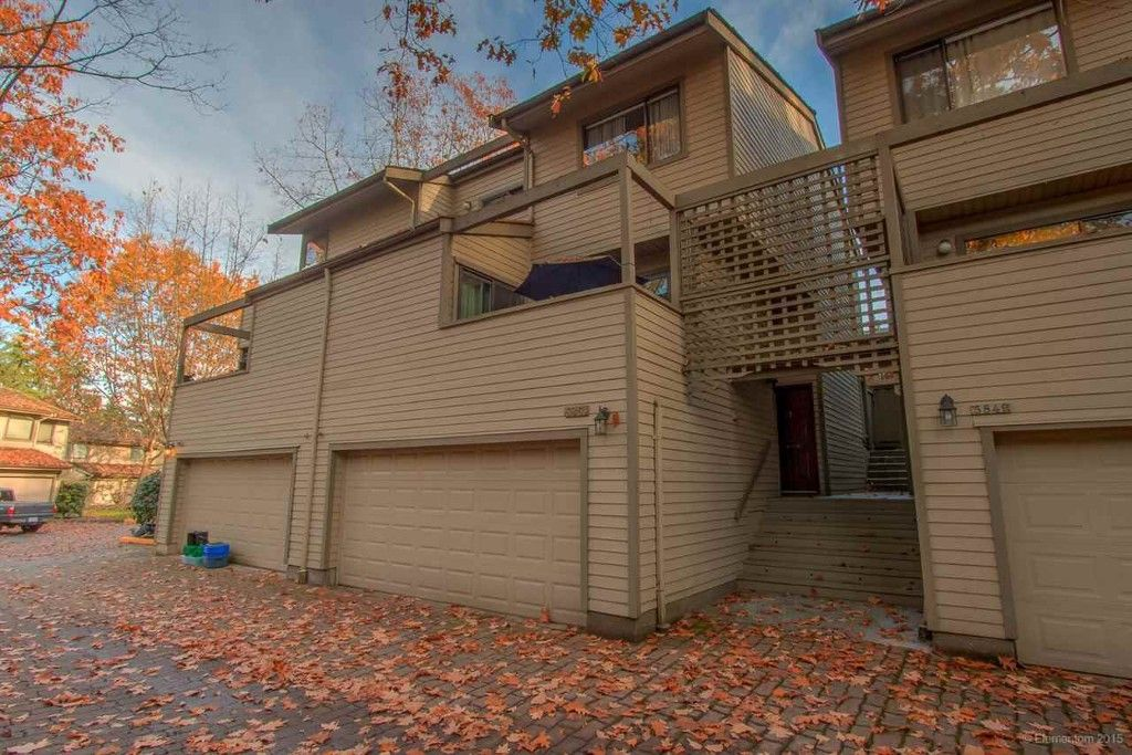 Main Photo: 5851 Mayview Circle in : Burnaby Lake Townhouse  (Burnaby South)  : MLS®# R2011887