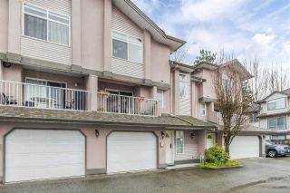 """Photo 3: 17 2538 PITT RIVER Road in Port Coquitlam: Mary Hill Townhouse for sale in """"RIVER COURT"""" : MLS®# R2549058"""
