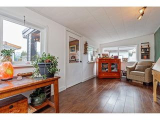 Photo 17: 35281 RIVERSIDE Road: Manufactured Home for sale in Mission: MLS®# R2582946