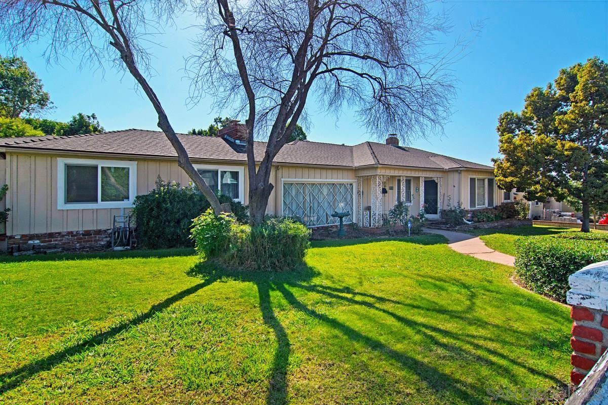 Main Photo: LEMON GROVE House for sale : 4 bedrooms : 7715 Mount Vernon St