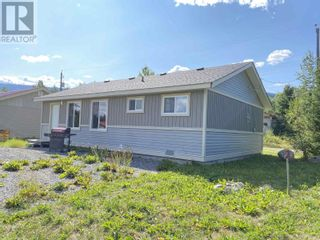Photo 12: 654 B ROAD in Canim Lake: House for sale : MLS®# R2612413