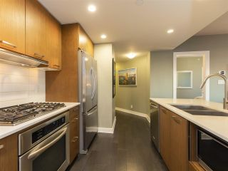 """Photo 9: 1507 1372 SEYMOUR Street in Vancouver: Downtown VW Condo for sale in """"The Mark"""" (Vancouver West)  : MLS®# R2402457"""
