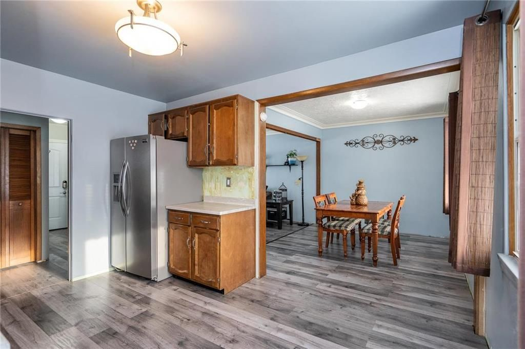 Photo 8: Photos: 984 Cathedral Avenue in Winnipeg: Sinclair Park Residential for sale (4C)  : MLS®# 202029493
