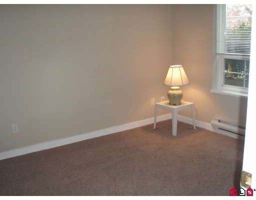 """Photo 7: Photos: 106 8110 120A Street in Surrey: Queen Mary Park Surrey Condo for sale in """"MAIN STREET"""" : MLS®# F2801365"""
