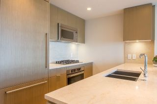 Photo 3: 901 125 E 14TH STREET in North Vancouver: Central Lonsdale Condo for sale : MLS®# R2330786