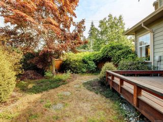 Photo 18: 2288 Selwyn Rd in Langford: La Thetis Heights House for sale : MLS®# 886611