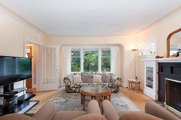 Photo 6: Photos: 4073 W 19TH Avenue in Vancouver: Dunbar House for sale (Vancouver West)  : MLS®# V995201