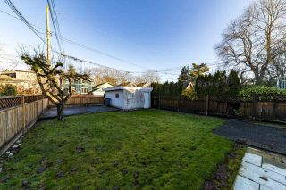 "Photo 11: 3355 W 12TH Avenue in Vancouver: Kitsilano House for sale in ""Kitsilano"" (Vancouver West)  : MLS®# R2536590"