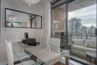 "Photo 5: 2303 788 RICHARDS Street in Vancouver: Downtown VW Condo for sale in ""L'Hermitage"" (Vancouver West)  : MLS®# R2531350"