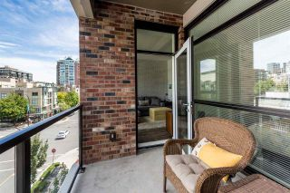 Photo 12: 406 105 W 2ND Street in North Vancouver: Lower Lonsdale Condo for sale : MLS®# R2296490