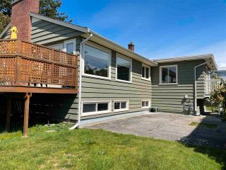"""Photo 7: 1066 CYPRESS Street: White Rock House for sale in """"Hillside"""" (South Surrey White Rock)  : MLS®# R2579690"""