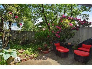 """Photo 11: 106 633 W 16TH Avenue in Vancouver: Fairview VW Condo for sale in """"BIRCHVIEW TERRACE"""" (Vancouver West)  : MLS®# V1125999"""