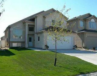 Photo 1: 28 CRAIGMOHR Drive in Winnipeg: Fort Garry / Whyte Ridge / St Norbert Single Family Detached for sale (South Winnipeg)  : MLS®# 2618748
