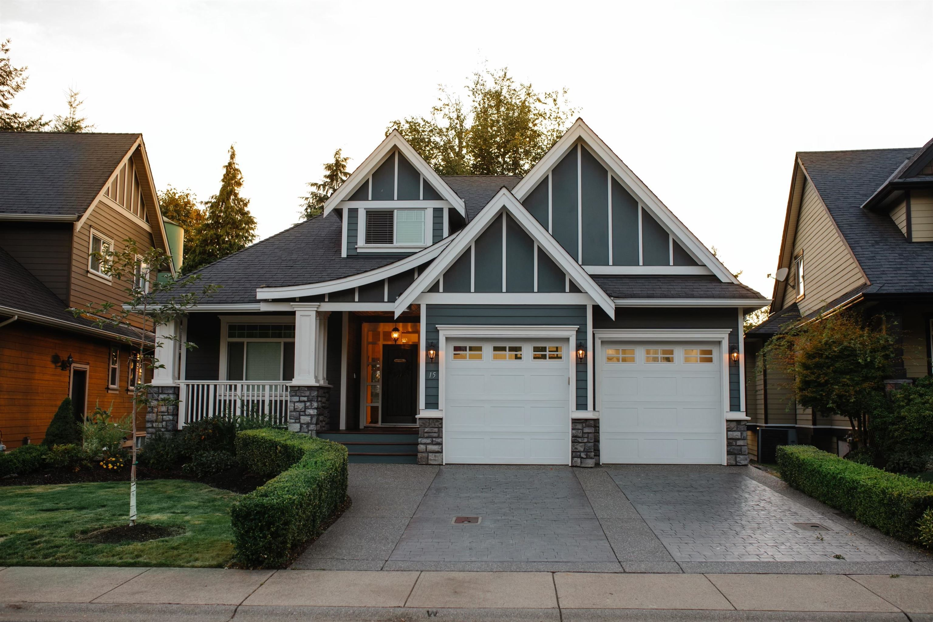 """Main Photo: 15 3800 GOLF COURSE Drive in Abbotsford: Abbotsford East House for sale in """"Ledgeview Estates"""" : MLS®# R2613568"""