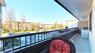 """Photo 13: 205 20420 54 Avenue in Langley: Langley City Condo for sale in """"Ridgewood Manor"""" : MLS®# R2341172"""