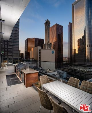Photo 20: 427 W 5th Street Unit 2401 in Los Angeles: Residential Lease for sale (C42 - Downtown L.A.)  : MLS®# 21782876