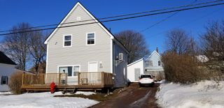 Photo 1: 10 Hill Street in Amherst: 101-Amherst,Brookdale,Warren Residential for sale (Northern Region)  : MLS®# 202103527