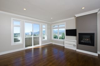 """Photo 15: 3557 MCGILL ST in Vancouver: Hastings East House for sale in """"VANCOUVER HEIGHTS"""" (Vancouver East)  : MLS®# V970649"""