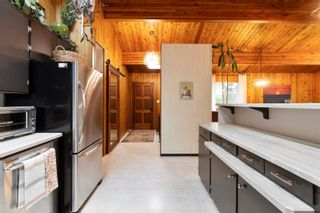 Photo 16: 2384 Forest Drive, in Blind Bay: House for sale : MLS®# 10240077