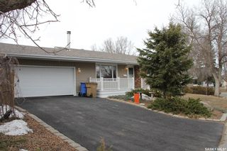 Photo 2: 26 Woodsworth Crescent in Regina: Normanview West Residential for sale : MLS®# SK846664