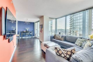 """Photo 3: 1705 33 SMITHE Street in Vancouver: Yaletown Condo for sale in """"COOPERS LOOKOUT"""" (Vancouver West)  : MLS®# R2129827"""