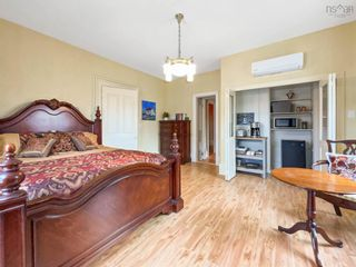 Photo 3: 610 Main Street in Mahone Bay: 405-Lunenburg County Residential for sale (South Shore)  : MLS®# 202121245
