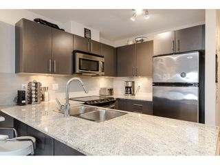 "Photo 5: 304 8915 202ND Street in Langley: Walnut Grove Condo for sale in ""Hawthorne"" : MLS®# R2420017"