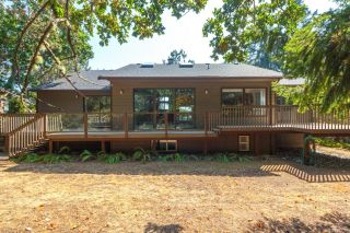 Photo 39: 3954 Arbutus Pl in : SE Ten Mile Point House for sale (Saanich East)  : MLS®# 863176
