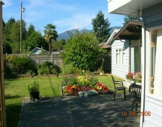 """Photo 7: 1163 BEECHWOOD CR in North Vancouver: Norgate House for sale in """"NORGATE"""" : MLS®# V607290"""