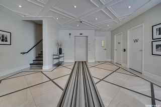 Photo 2: 201 404 Cartwright Street in Saskatoon: The Willows Residential for sale : MLS®# SK863521