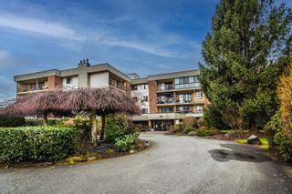 """Photo 2: # 308 1438 RICHARDS ST in Vancouver: Condo for sale in """"AZURA I"""" (Vancouver West)  : MLS®# R2555940"""