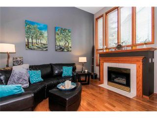 Photo 4: 124 INGLEWOOD Cove SE in Calgary: Inglewood House for sale : MLS®# C4024645