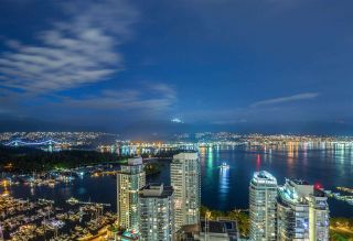 """Photo 3: 3801 1211 MELVILLE Street in Vancouver: Coal Harbour Condo for sale in """"The Ritz"""" (Vancouver West)  : MLS®# R2487231"""